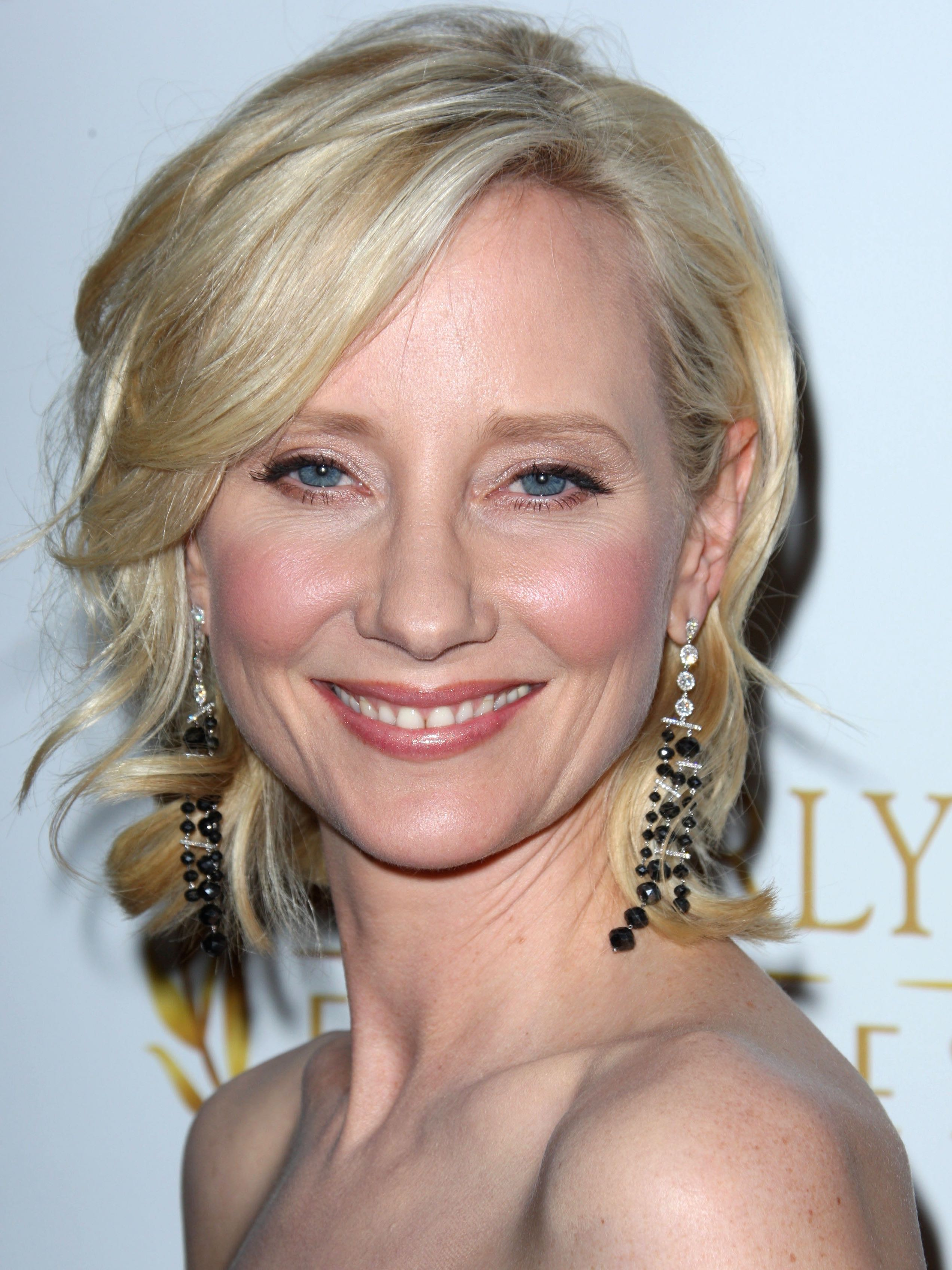 Communication on this topic: Nora Gordon, anne-heche-born-may-25-1969-age/